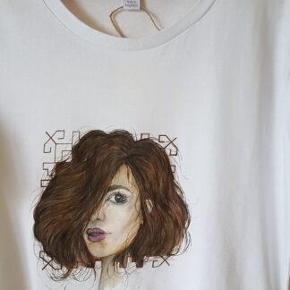 рисувана тениска