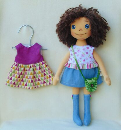 Кукла Ани с гардероб