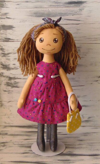 Кукла Ани за преобличане