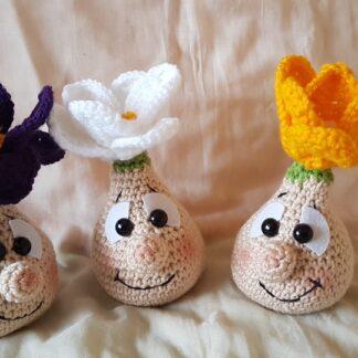 Забавен плетен минзухар