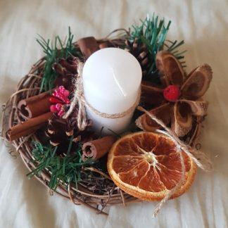 Коледен свещник с портокал
